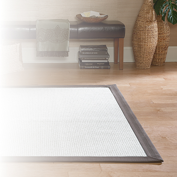 Simple two-toned area rug